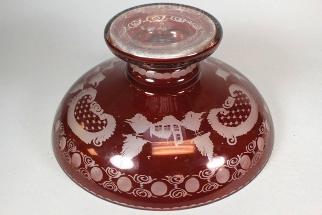 Bohemian Ruby Cut To Clear Round Bowl - 3