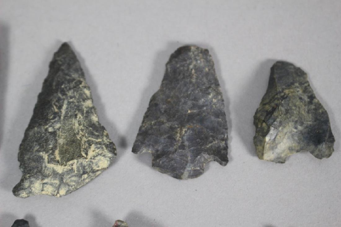 Lot of 48 Native American Arrowheads and Points - 4