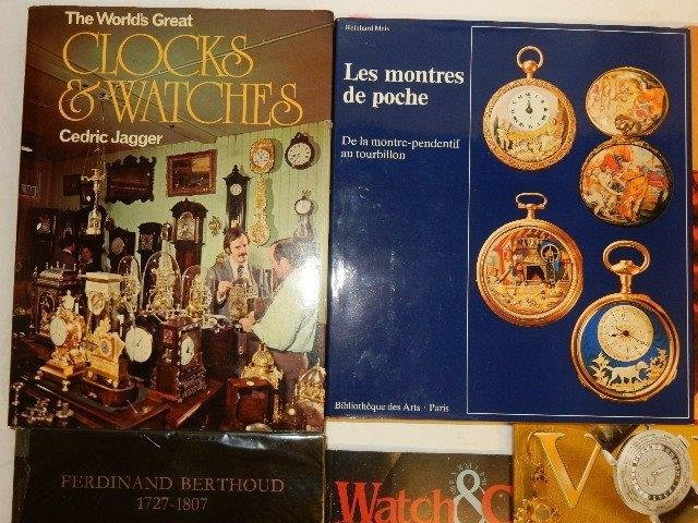 30 Various Clock Books And Magazines - 2
