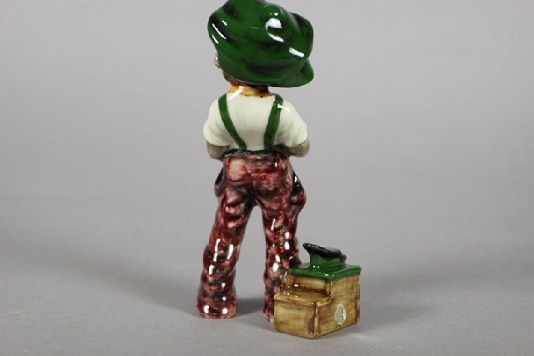 Gort Black Americana Figurine - 5