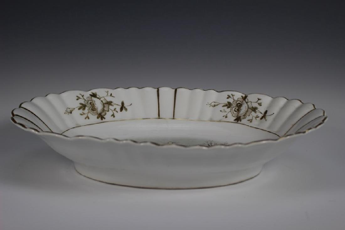 19th Century English Hand Painted Serving Bowl - 6