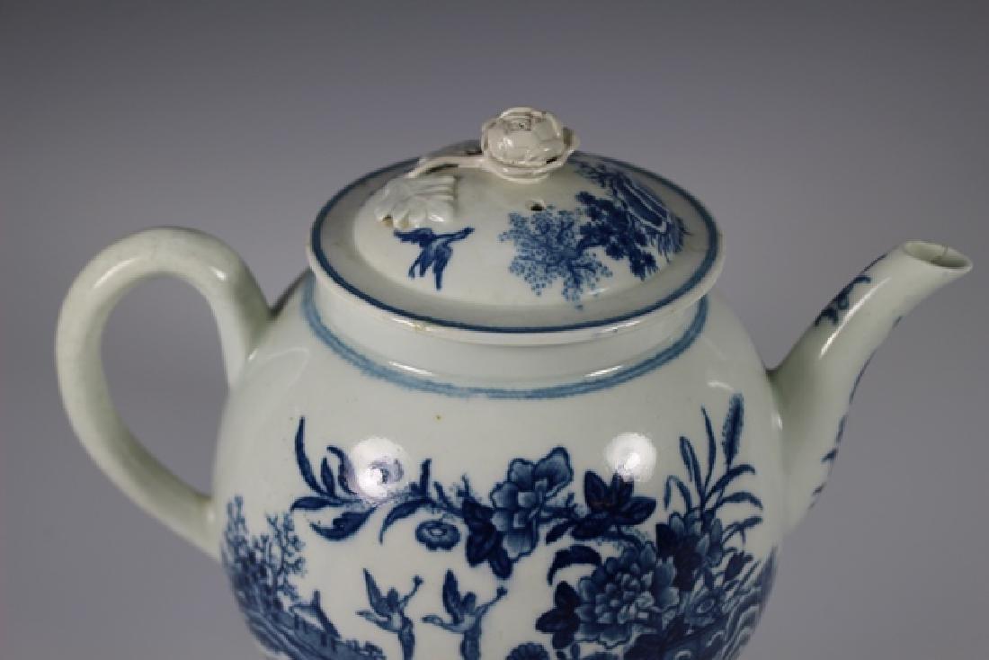 Dr. Wall Period Worcester Porcelain Teapot - 2