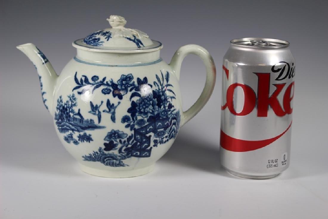 Dr. Wall Period Worcester Porcelain Teapot - 6