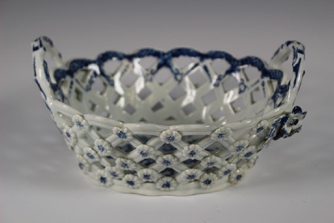 Dr. Wall Period Worcester Porcelain Basket