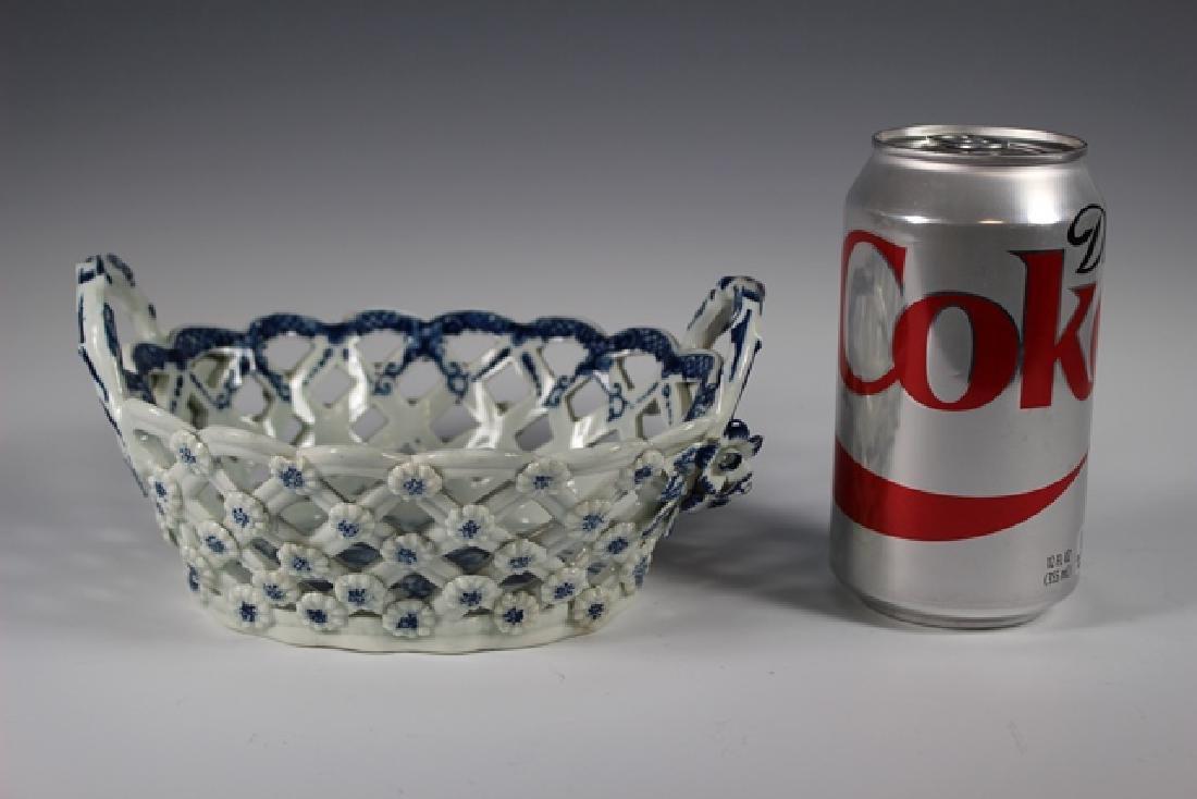Dr. Wall Period Worcester Porcelain Basket - 6