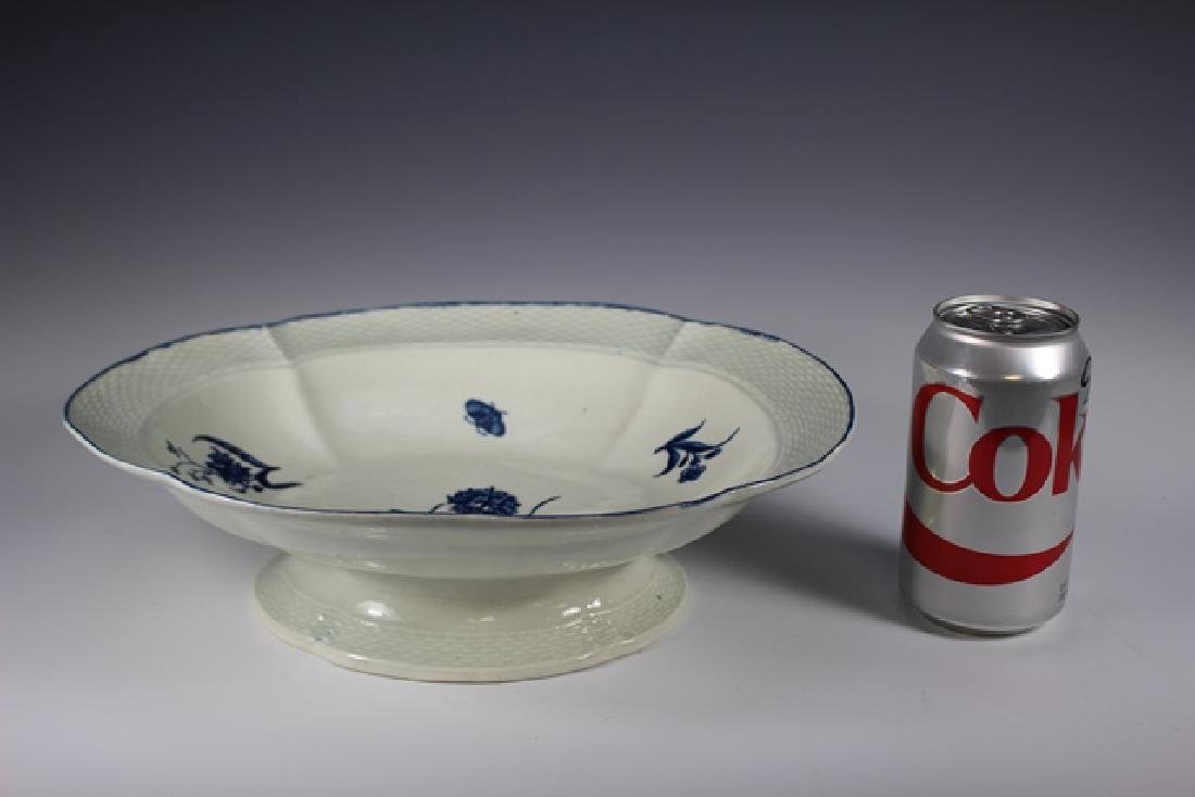 Dr. Wall Period Worcester Porcelain Footed Bowl - 6