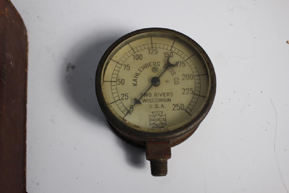 Kahlenberg Bros. Co. Steampunk Pressure Gauge in Case - 4