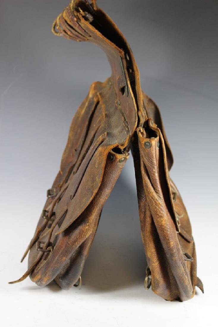 WWI US Leather Cavalry Saddle Bag - 2
