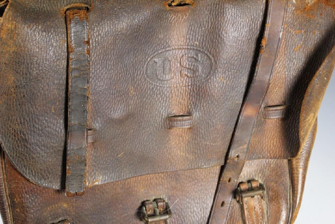 WWI US Leather Cavalry Saddle Bag - 3