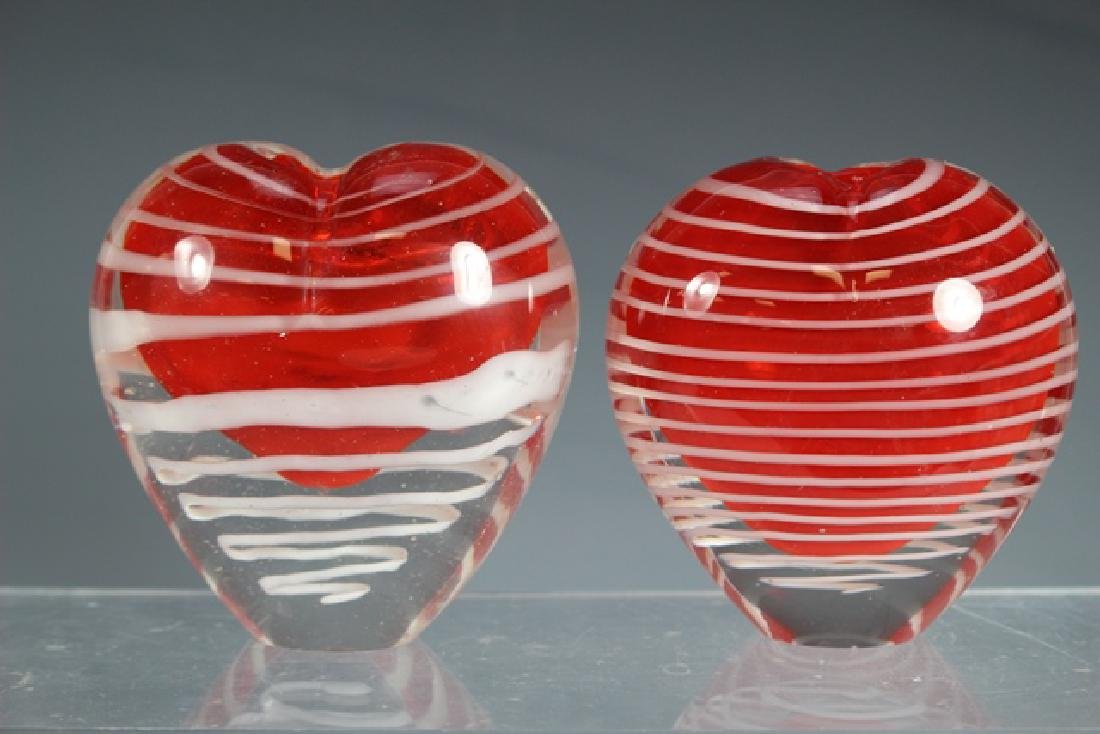 Two Thread Art Glass Heart Vases