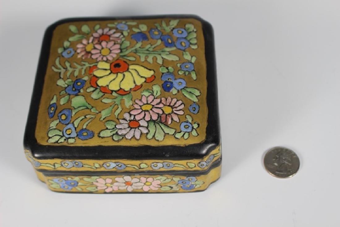 Art Deco Pottery Lidded Dresser Dish - 3