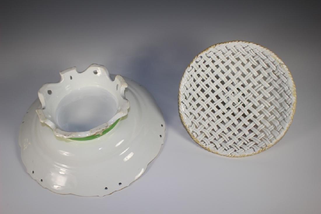 19th Century English Lidded Vegetable Bowl - 7