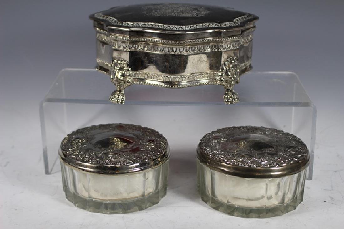 English Claw foot Dresser Box and 2 Powder Dishes - 2