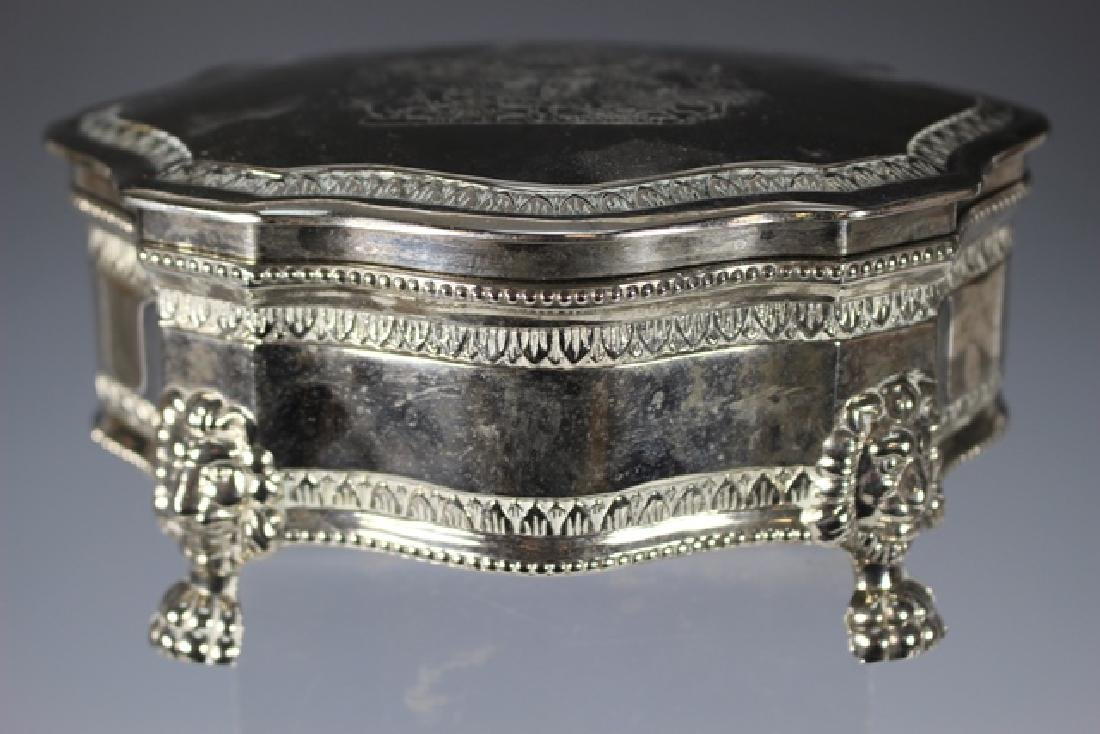 English Claw foot Dresser Box and 2 Powder Dishes - 3
