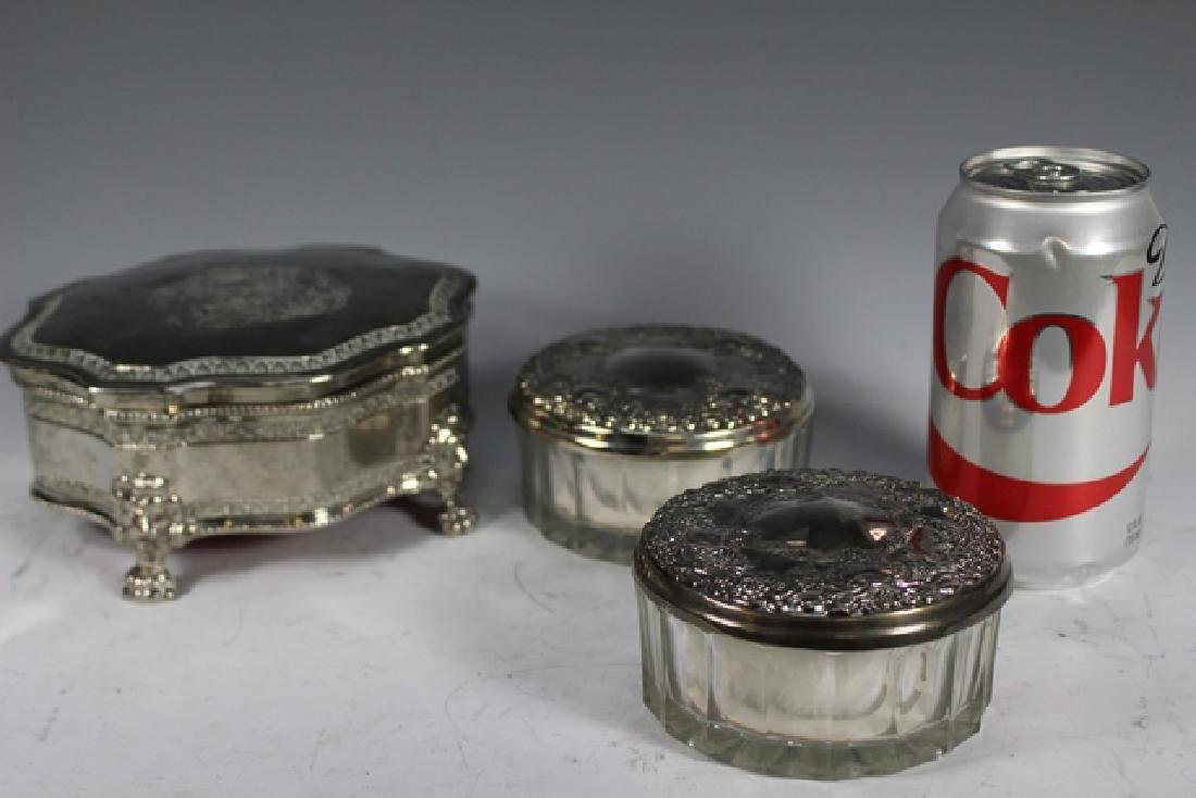English Claw foot Dresser Box and 2 Powder Dishes - 8