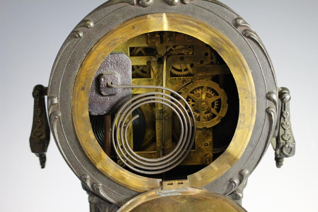 New Haven Clock WARRIOR Figural Clock - 9