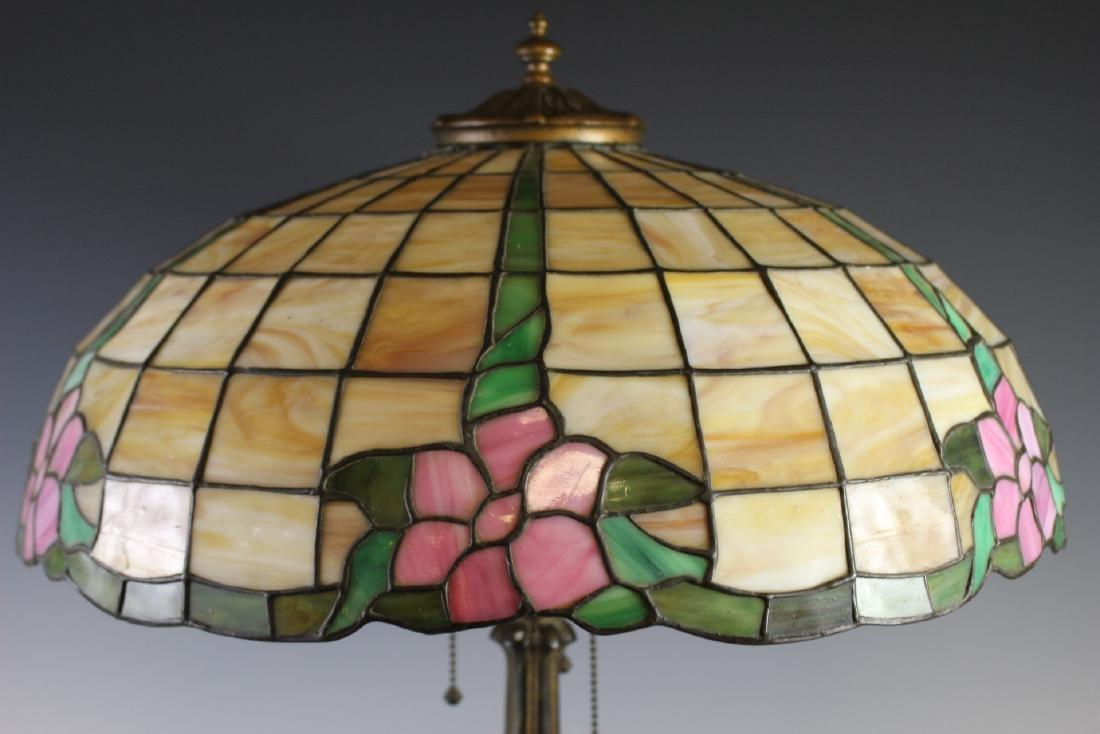 E. Miller Signed Leaded Lamp - 3