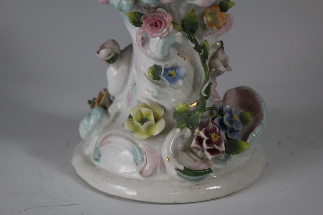 German Sitzendorf Porcelain Urn - 5