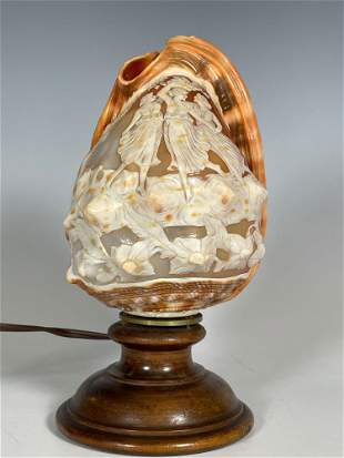 Fine Carved Cameo Conch Shell Light
