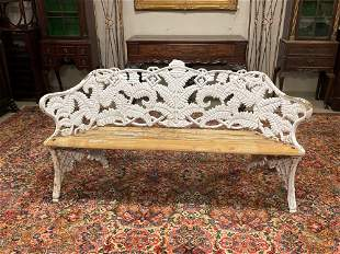 5ft Fern and Berry Patterned Heavy Cast Iron Garden