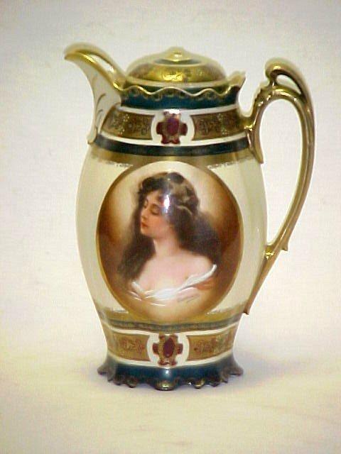 2: Royal Vienna Tea Pot