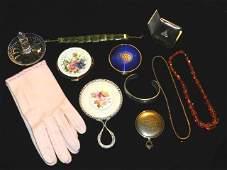 45: Misc Vintage Ladies Dresser Items