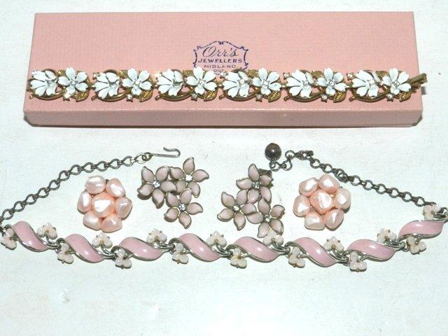 88: Trifari Bracelet & Vintage Jewelry Lot