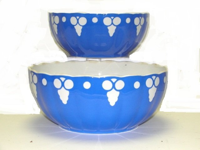 11: Pair Of Vellory & Boch Nesting Bowls