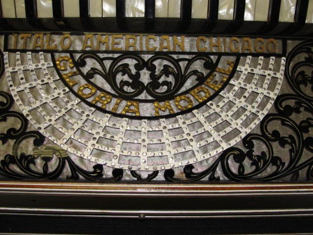 121: Italo-American Accordion Chicago Co. Gloria - 6