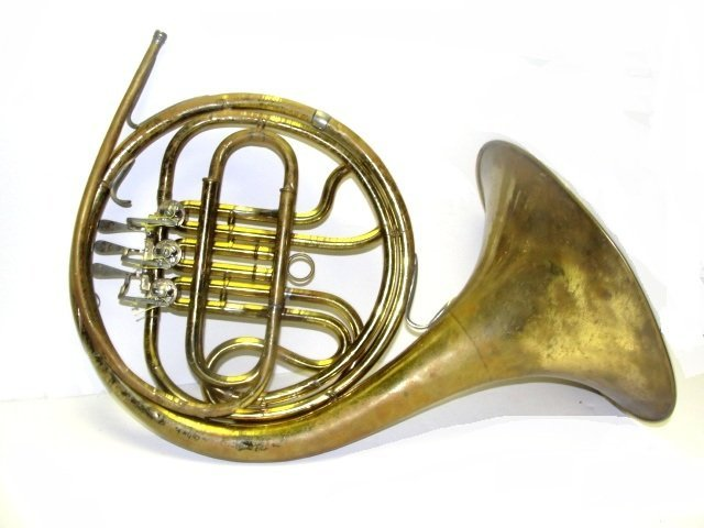 189: Frank Holton Vintage French Horn With Case