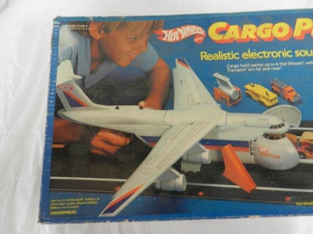148: Hot Wheels Cargo Plane - 5