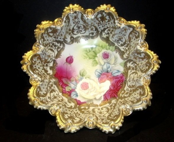 Nippon Heavy Gold Gilt And Rose Decorated Bowl