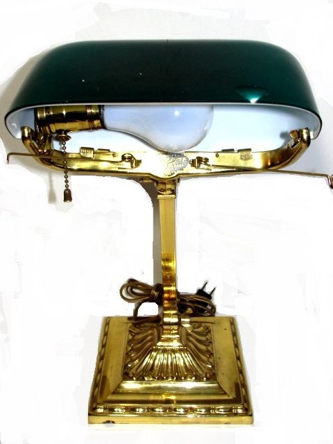Antique Emeralite Bankers Lamp. No.8734 - 4