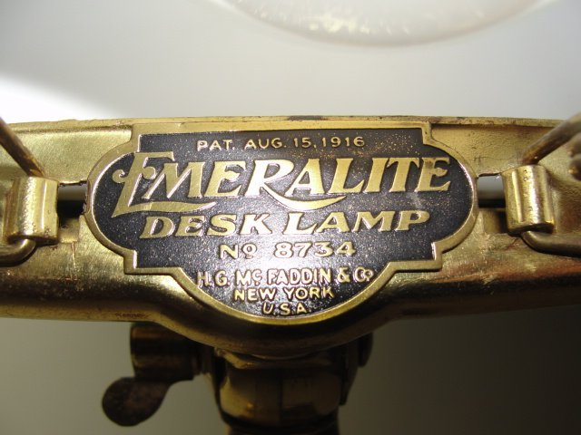 Antique Emeralite Bankers Lamp. No.8734 - 5