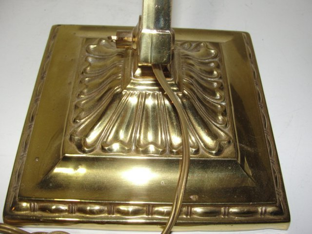 Antique Emeralite Bankers Lamp. No.8734 - 9