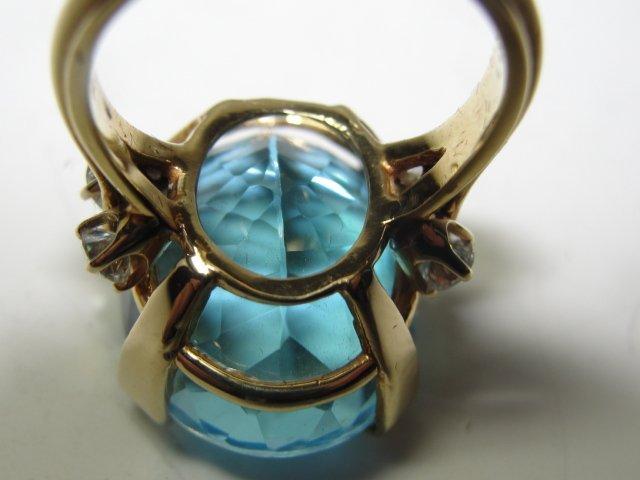 18K. Gold Blue Topaz/Diamond Lady's Ring - 2
