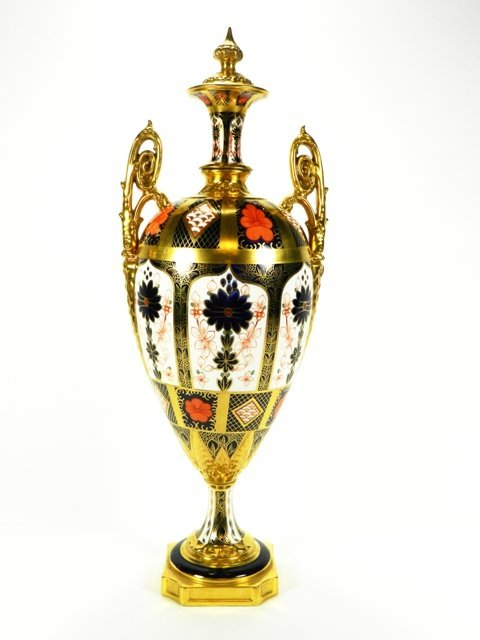Royal Crown Derby Old Imari Urn