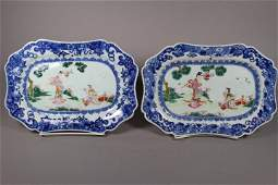 Set of two Chinese Export Porcelain Platters Circa