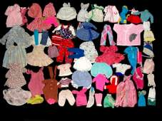 Collection 100 Pieces Of Vintage Doll Clothing