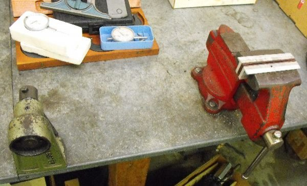 BENCH VICE LOT CRAFTSMAN KREBSFER 310