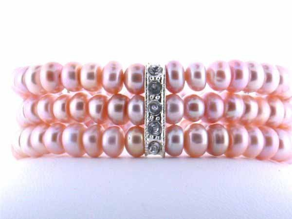 11: Three Liner Pearl Bracelet