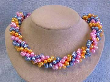 513: Colored Fresh Water Pearl Necklace
