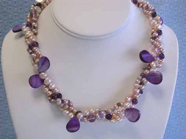 521: Pearls and Gemstone Necklace