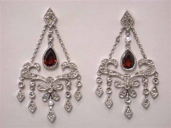 515: 14k White Gold Earrings with Diamonds and Garnet