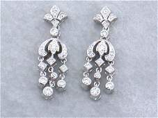 936: 18k White Gold Dangling Earrings with Diamonds