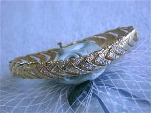 14k Yellow Gold Bracelet with Baguettes Diamonds