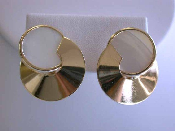 14k Gold Earrings with Pearl