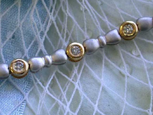 18k Two Tone Gold Bracelet with Diamonds