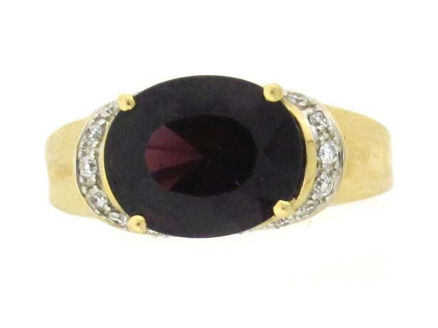 14k Yellow Gold Ring with Garnet and Diamonds
