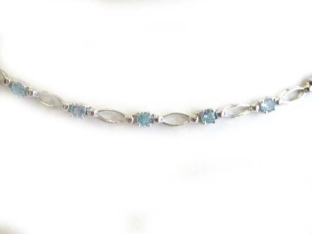 14k White Gold Necklace with Topaz